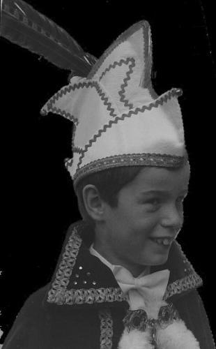 1982-1983 Z.D.H. Prins Jozefke 1 Mark de Laat