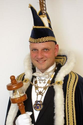 2012-2013 Lars van der Velden Z.D.H. Prins Lars d'n Urste 'n Fist is gin fist, as gullie nie bent gewist
