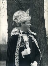 1968-1969 Toon van Breugel Z.D.H. Prins Jan d'n Twidde Als je iemand tegenkomt zonder glimlach, gift 'm dan de jouwe