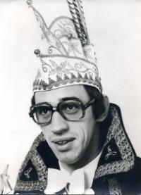 1974-1975 Jan van der Wiel Z.D.H. Prins Graard d'n Urste Na een jaar ploegen en gieren gaan we samen carnaval vieren