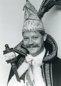 1987-1988 Leo Huijbers Z.D.H. Prins Nard d'n Urste Akketdoe Doeket