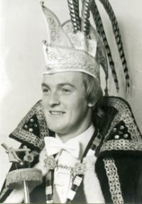 1976-1977 Toon van Kan Z.D.H. Prins Peer d'n Twidde Liemt, van alle merte thuis